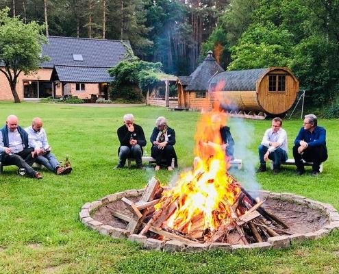 teambuilding met kampvuur Limburg
